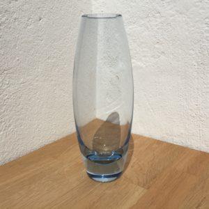 Holmegaard Hellas akva vase. Signeret i bunden Holmegaard Per Lutken 15391.